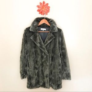 NORDSTROM JOHN + JENN Gray Soft Faux Fur Coat